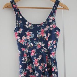 Hollister floral dress XS